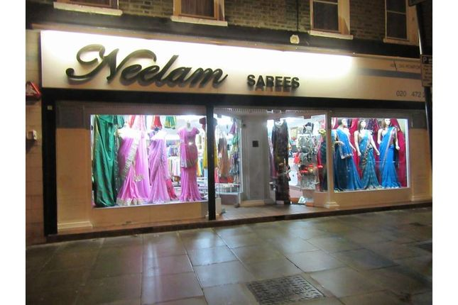 Thumbnail Retail premises to let in 388-390 Romford Rd, London