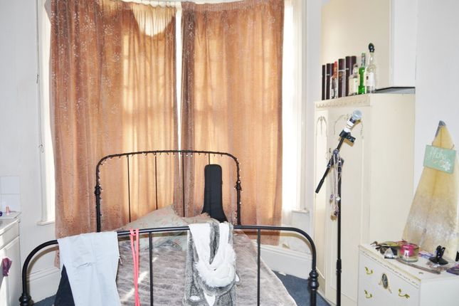 Thumbnail Shared accommodation to rent in Addison Road, Hove