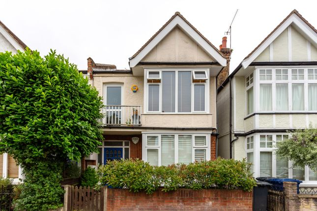 Thumbnail Flat for sale in Rusthall Avenue, Chiswick, London