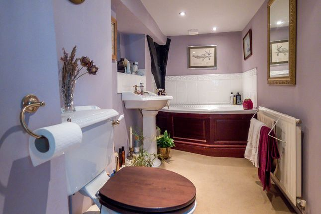Family Bathroom of Dialhouse Lane, Coventry CV5