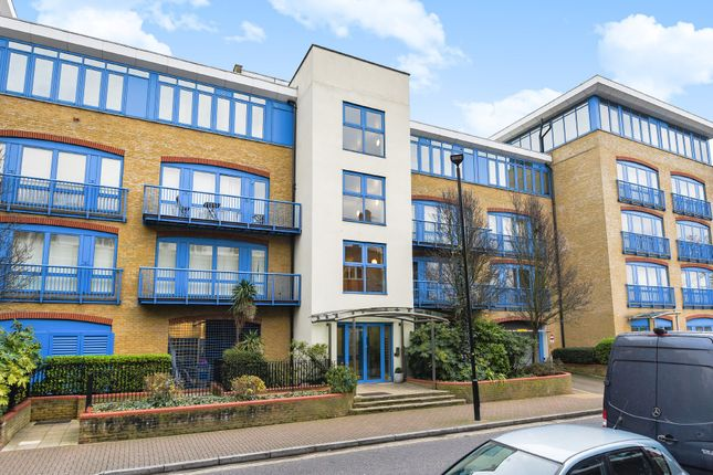 Thumbnail Flat for sale in Harwood Point, Rotherhithe Street, London