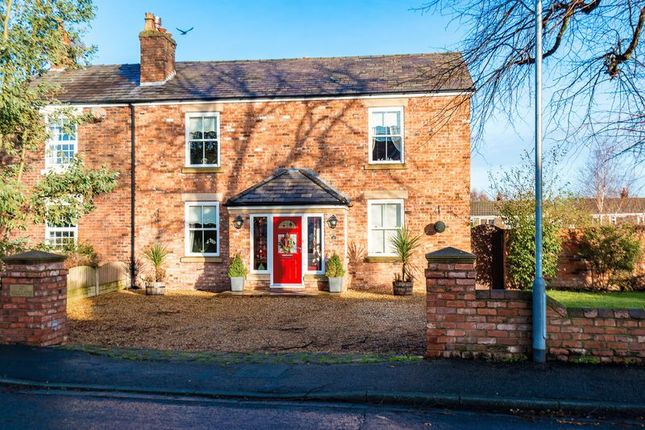Thumbnail Cottage for sale in Mill Lane, Burscough, Ormskirk