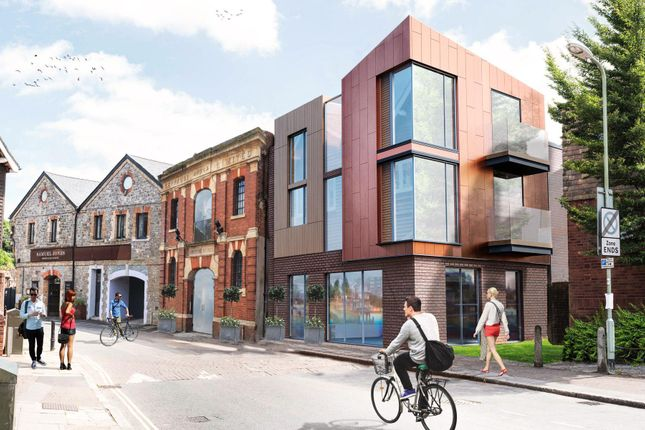 Thumbnail Flat to rent in Commercial Road, Exeter