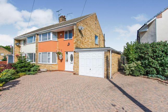 Thumbnail Semi-detached house for sale in Cookridge Drive, Hatfield, Doncaster
