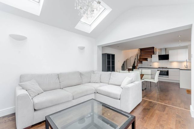 Thumbnail Property for sale in St Benets Close, Wandsworth Common