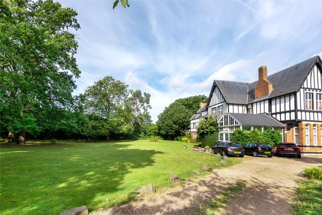 2 bed flat for sale in Bickley Park Road, Bromley BR1