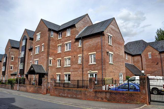 Thumbnail Flat for sale in Recorder Road, Norwich
