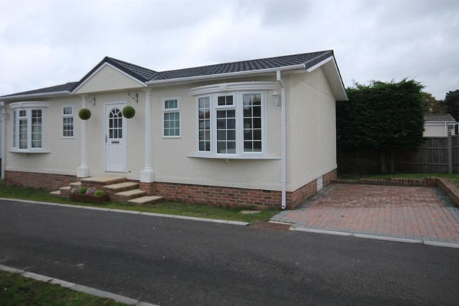 Thumbnail Mobile/park home for sale in Hill Corner Farm Caravan Park, Sandy Lane, Farnborough