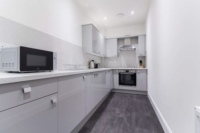 Thumbnail Flat to rent in Pitt Street, City Centre, Glasgow