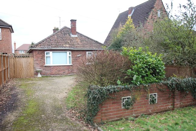 Thumbnail Detached bungalow for sale in Chitts Hill, Colchester
