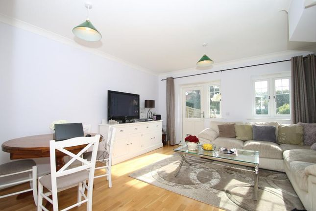 Thumbnail Terraced house to rent in Oxshott, Surrey