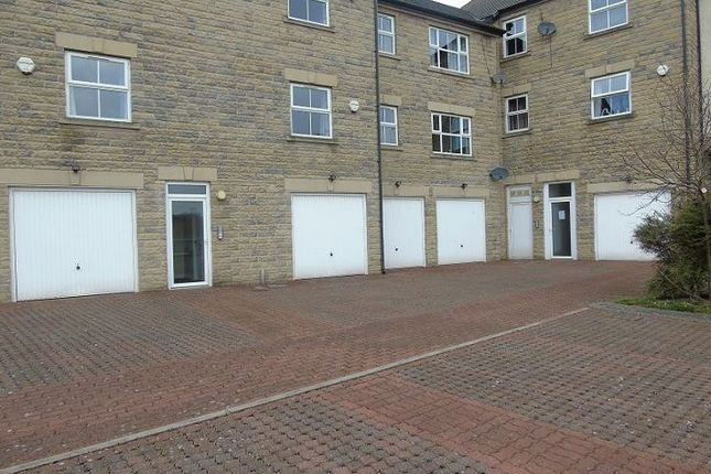 Thumbnail Flat for sale in Bank Road, Lancaster
