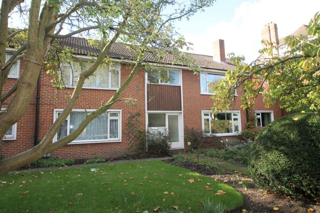 Thumbnail Flat to rent in Blyth Court, Blyth Road, Bromley