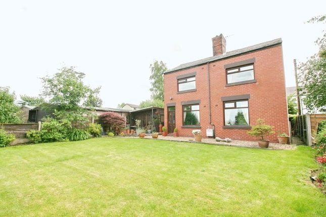 3 bed detached house for sale in Spring View, Kearsley, Bolton