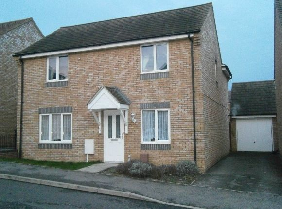 4 bed detached house to rent in Chepstow Road, Corby