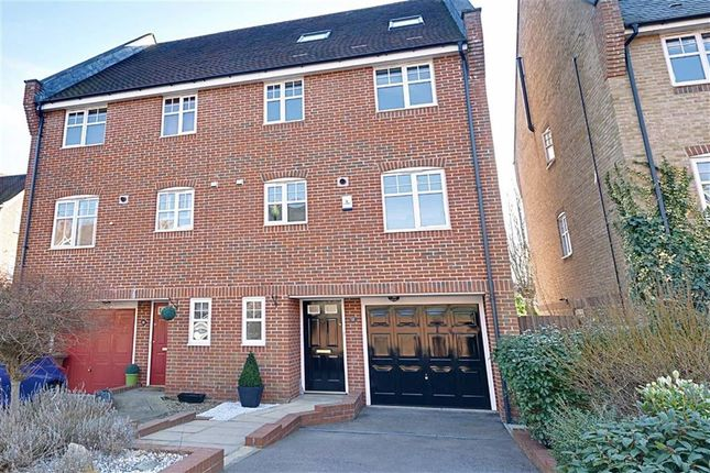5 bed town house for sale in Lilbourne Drive, Hertford