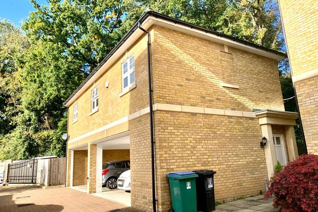 Detached 2 Bed Leasehold Coach House For Sale In Watford
