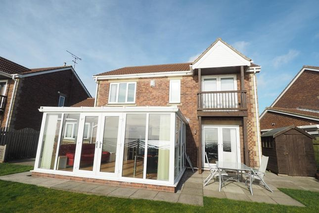 Thumbnail Detached house for sale in Pilots Way, Victoria Dock, Hull