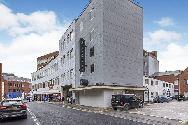 Thumbnail Flat to rent in St. Sepulchre Gate, Doncaster