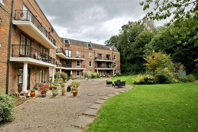 Thumbnail Flat to rent in Clarendon Place, Clarendon Road, Sevenoaks