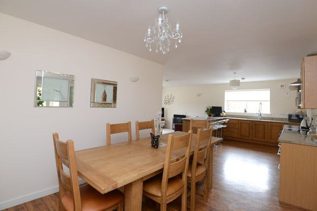 Dining Area of Crookedshields Road, Nerston Village, East Kilbride G74