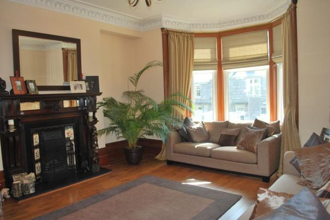 4 bed flat to rent in Burns Road, Aberdeen