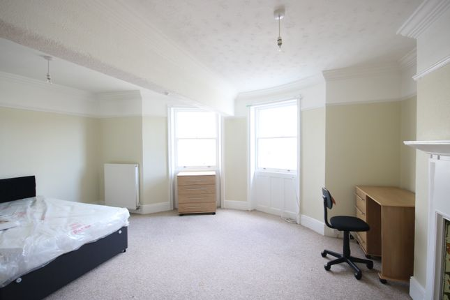 4 Bed Student Flat