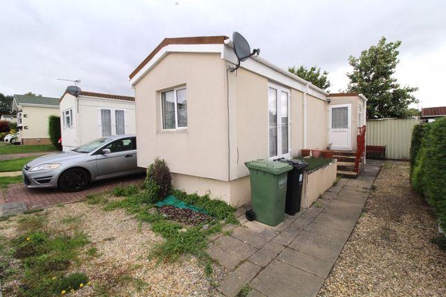 Thumbnail Mobile/park home for sale in Woodlands Park, Almondsbury, Bristol