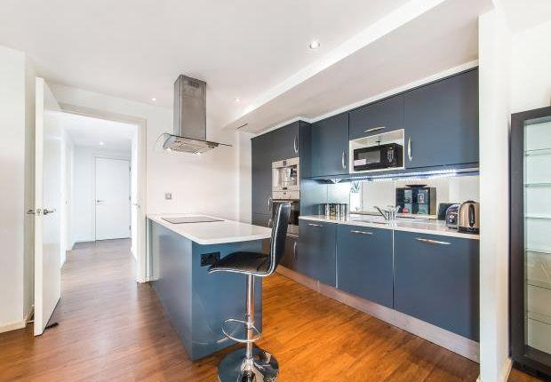 Thumbnail Flat to rent in Western Gateway Royal Victoria, London