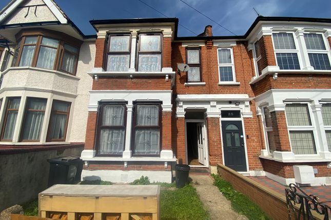 4 bed terraced house to rent in Cowley Road, Ilford IG1