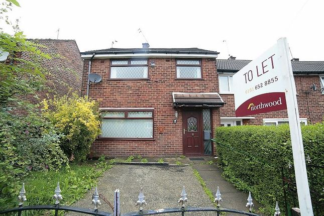 3 bed semi-detached house to rent in Abbey Road, Middleton, Manchester