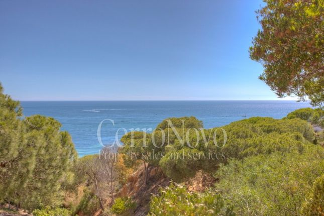 Thumbnail Villa for sale in East Of Albufeira, Algarve, Portugal