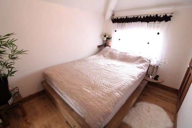 Bedroom... of Roeburn Place, Lancaster LA1