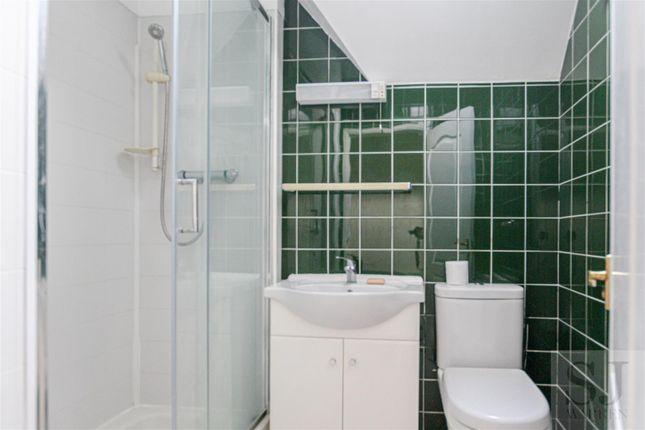 Bathroom of Kings Road, Burnham-On-Crouch CM0