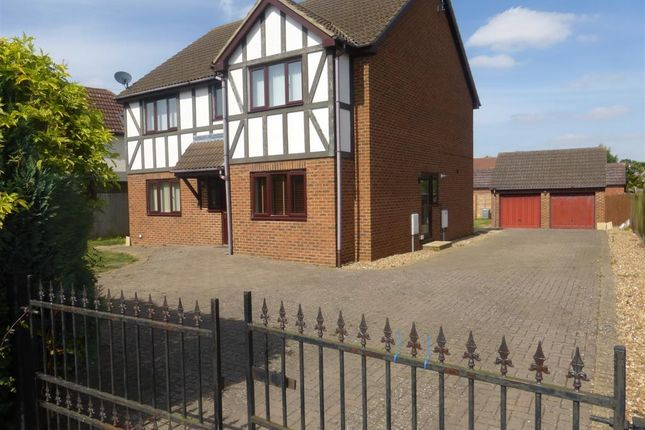 Thumbnail Property to rent in Higham Park Road, Rushden