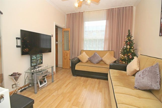 Thumbnail Property for sale in Morley Avenue, London