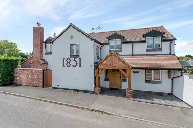 Thumbnail Detached house for sale in Bascote Road, Long Itchington, Southam, Warwickshire