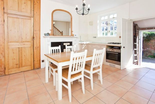 Thumbnail Terraced house to rent in Queen Street, York