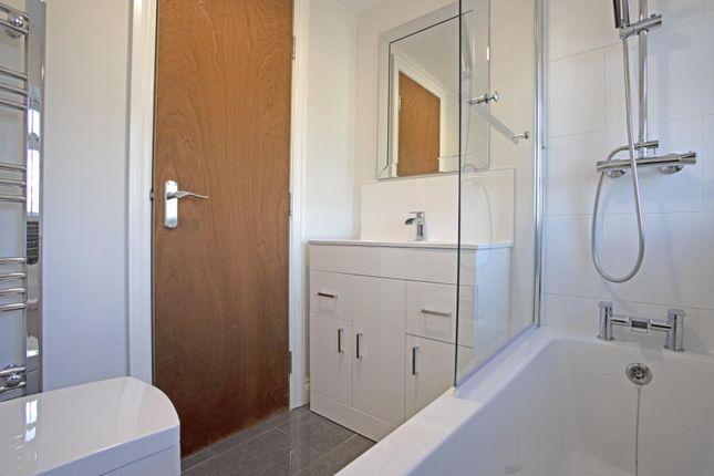 Bathroom of Meadow Road, Henley-In-Arden B95