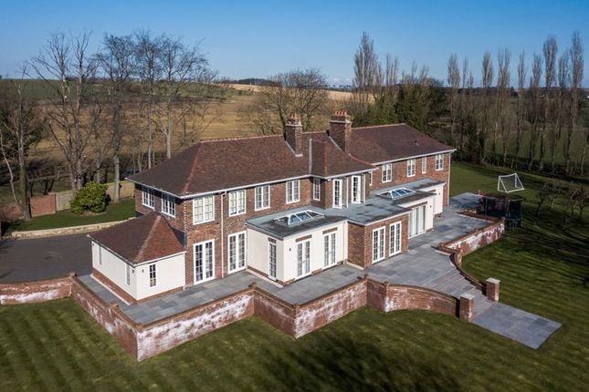 Thumbnail Country house for sale in Long Lane, Ackworth, Pontefract