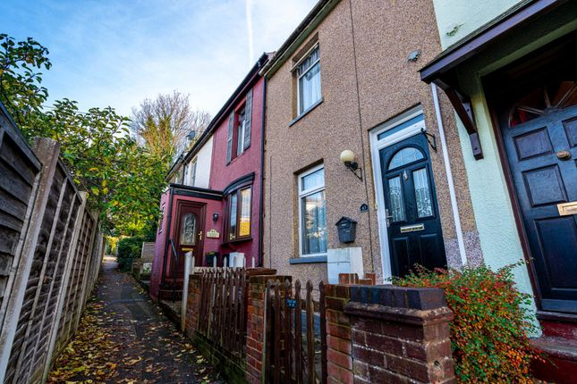 2 bed terraced house to rent in Sidney Road, Rochester, Kent ME1