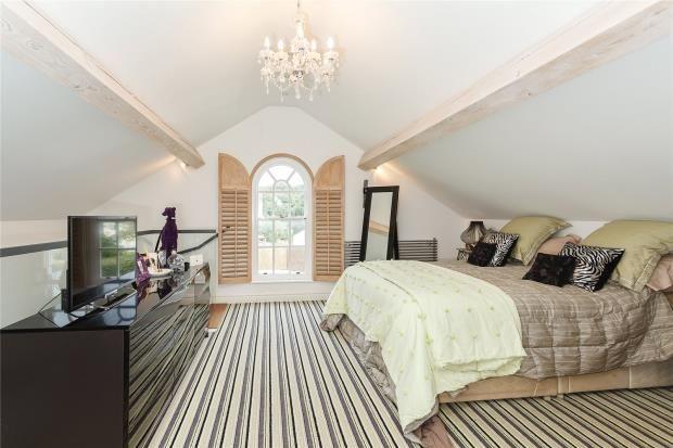 Master Bedroom of Tallarn Green, Malpas SY14