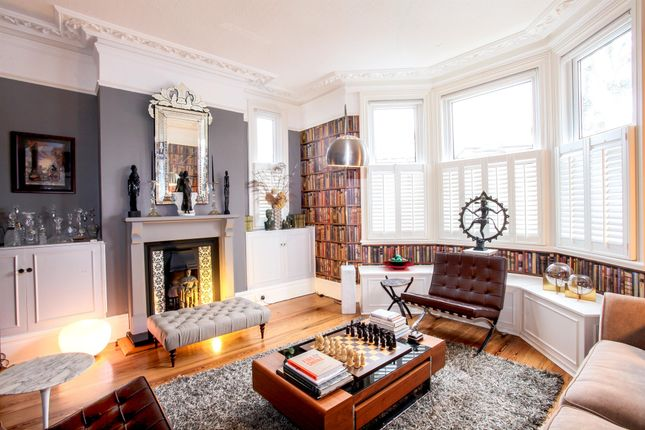 Thumbnail Semi-detached house for sale in Pollards Hill South, London