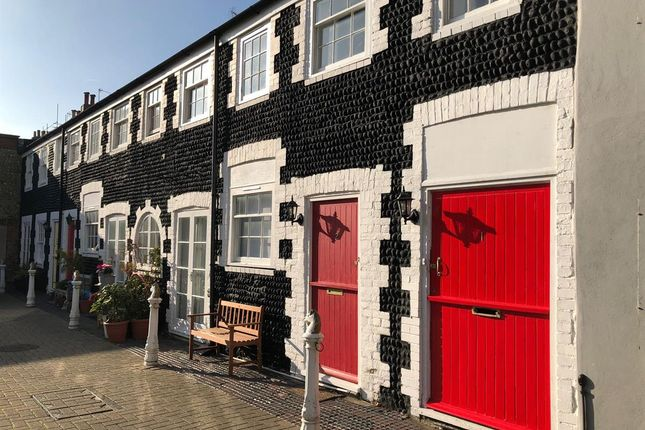 Thumbnail Terraced house to rent in St. Johns Mews, Bristol Road, Brighton