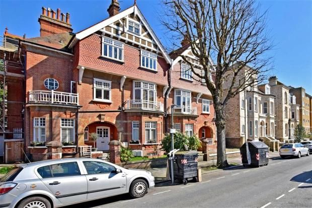 Thumbnail Flat for sale in Fourth Avenue, Hove