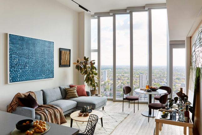Thumbnail Flat for sale in 22 International Way, London