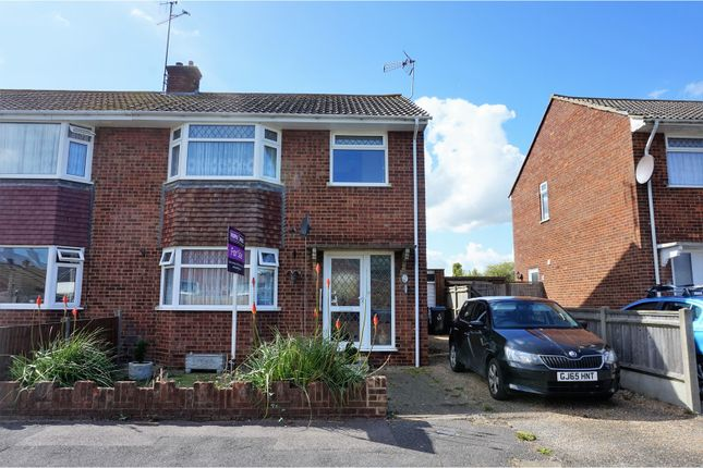 Thumbnail Semi-detached house for sale in Wantsume Lees, Sandwich