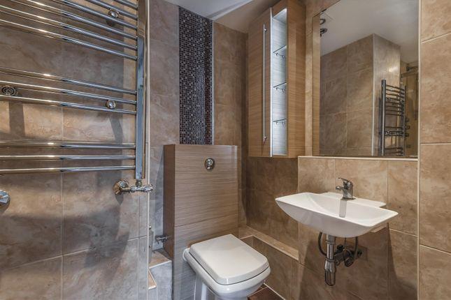 Basildon Close - Shower Room