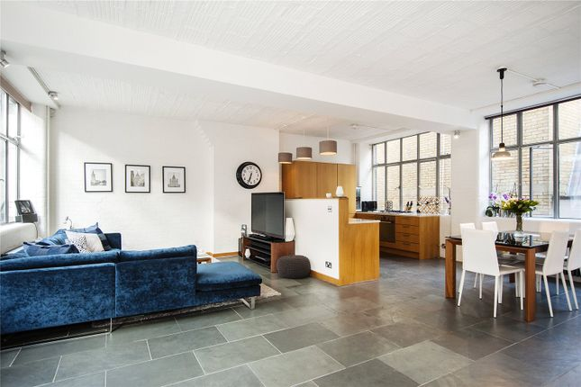 Thumbnail Flat for sale in Newbury Street, London