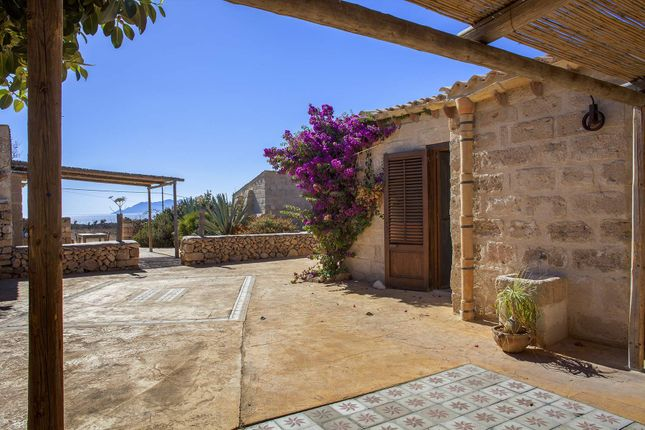 8 bed town house for sale in 91023 Favignana Tp, Italy